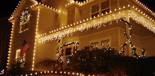 The Damage Free Way To Attach Holiday Lights And