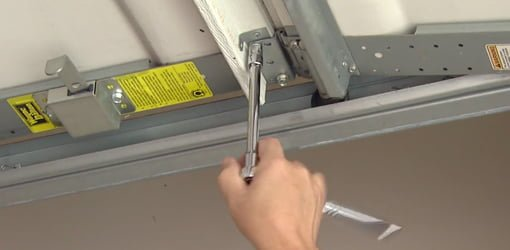 3 Garage Door Maintenance Tips You Can Do Right Now