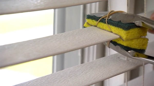 The Easy Way To Clean Window Blinds Today S Homeowner