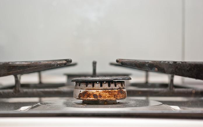 Malfunctioning gas range releases harmful emissions