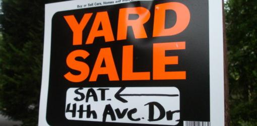 yard-sale-sign