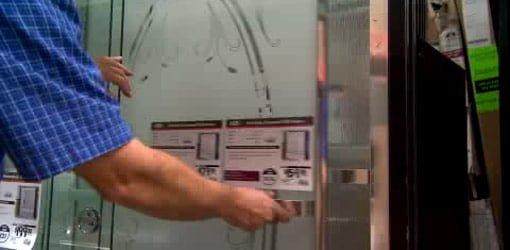 Choosing a glass shower door for your bathroom