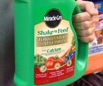 750-bnp-miracle-gro-shake-n-feed-plant-food
