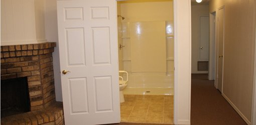 5 Ways To Make A Bathroom Wheelchair Accessible Today S