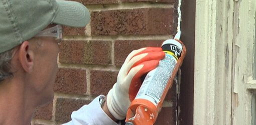 How To Choose Caulking For Sealing Cracks On Your Home