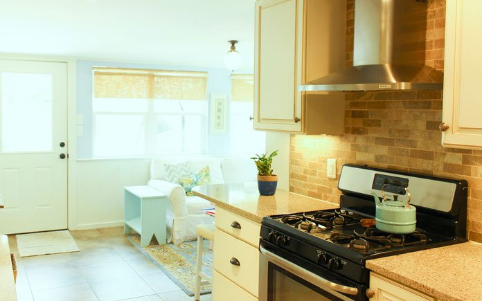 """""""Today's Homeowner"""" co-host Chelsea Lipford Wolf's renovated kitchen in Mobile, Alabama"""