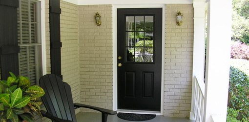 See how to remove and replace an entry door on your home!