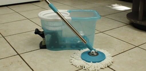 Hurricane 360 Spin Mop and bucket.