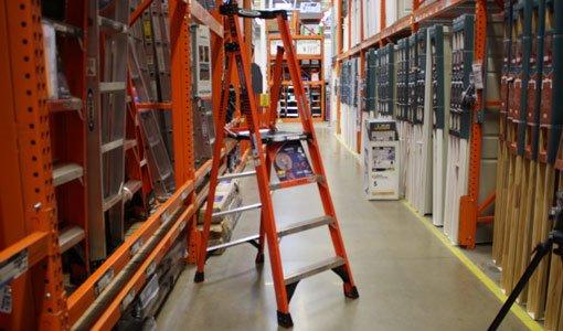Werner Fiberglass Podium Ladder