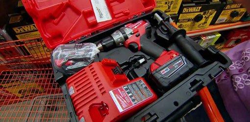Milwaukee cordless Hammer Drill/Driver kit.
