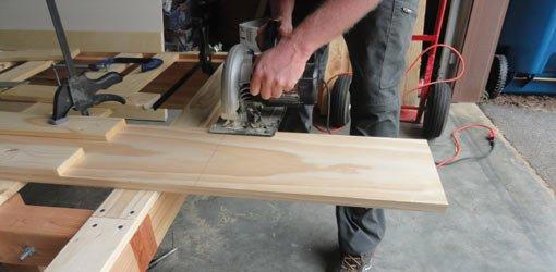Cutting board with circular saw.
