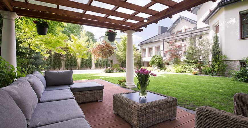 Clever Outdoor Furniture Design Ideas For Your Pool Porch Or