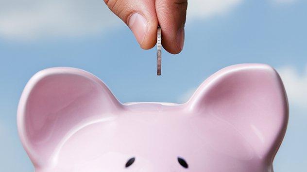 Saving with piggy bank