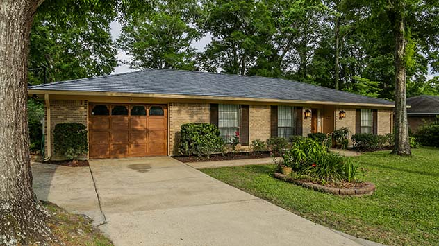 Low Maintenance Exterior Updates For Your Home Today S Homeowner