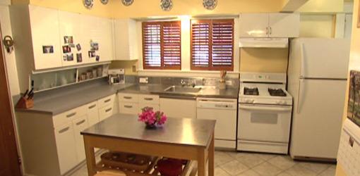 Kitchen before historic kitchen remodel.