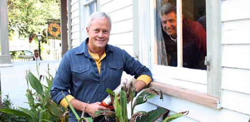 Danny Lipford and Allen Lyle winterizing home