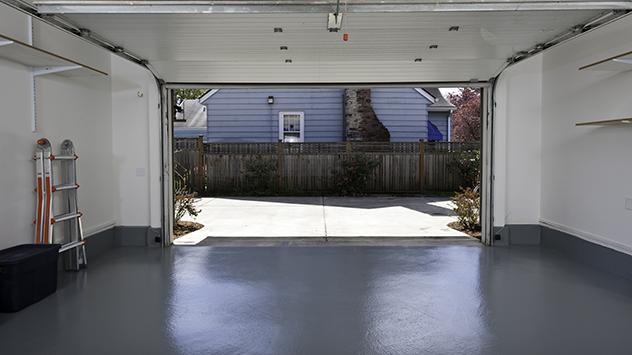 garage-floor-damp
