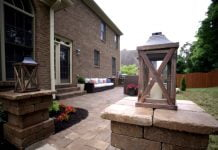 Pavestone paver columns and patio in Tennessee