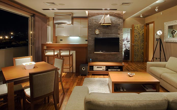 Ambient lighting in living room, including recessed lights and task lighting