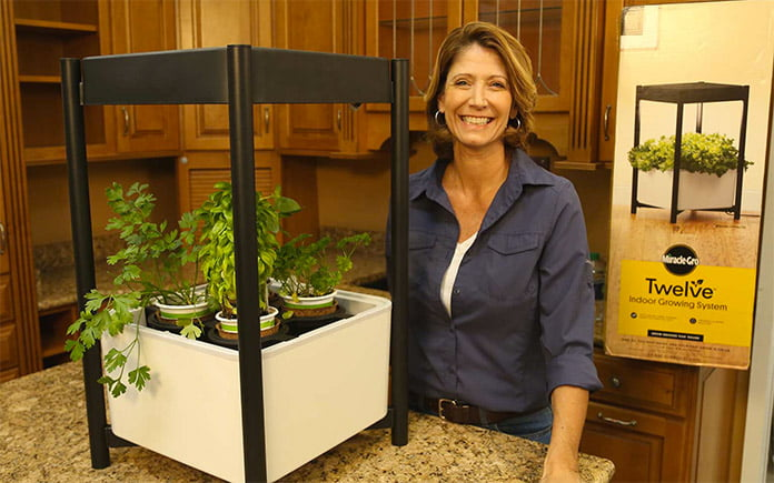 Jodi Marks with Miracle-Gro Indoor Vegetable Garden System in The Home Depot