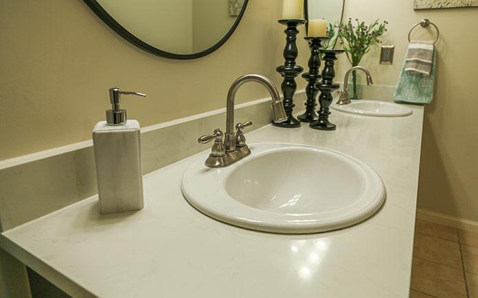 Quartz bathroom countertop