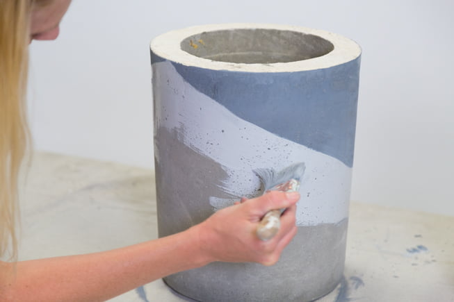 Painting a concrete stool white