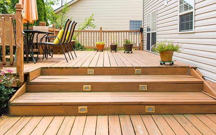 5 conseils pour garder votre terrasse en bois à son meilleur