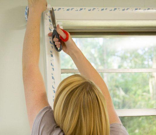 Chelsea Lipford Wolf installs The Duck Brand's Max Window Roll On Kit