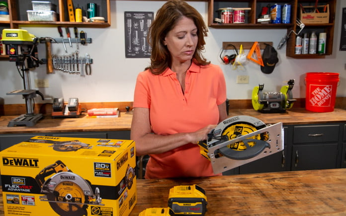 Jodi Marks demonstrates DeWalt's newest cordless circular saw during Today's Homeowner's Best New Products segment.