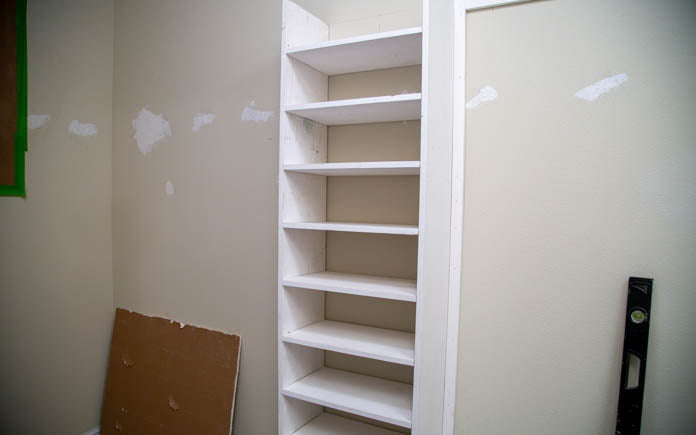 Finishing the placement of the shoe rack